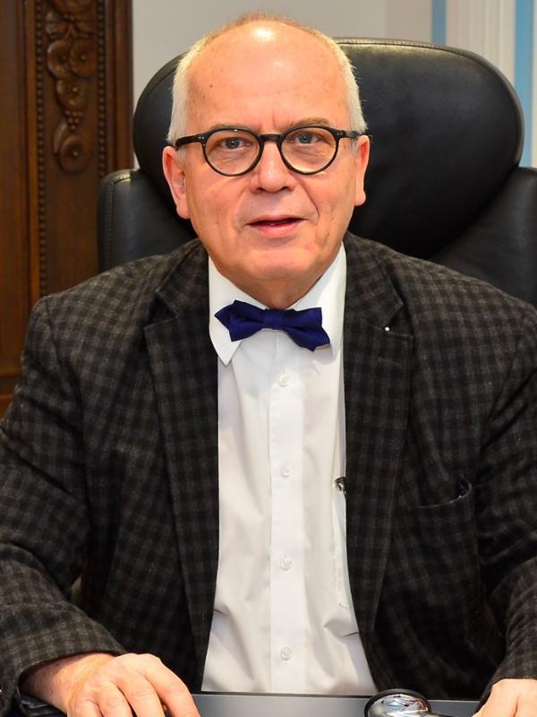 Dr. med. Karlheinz Kienle
